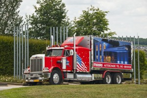 Showtruck Peterbilt 359